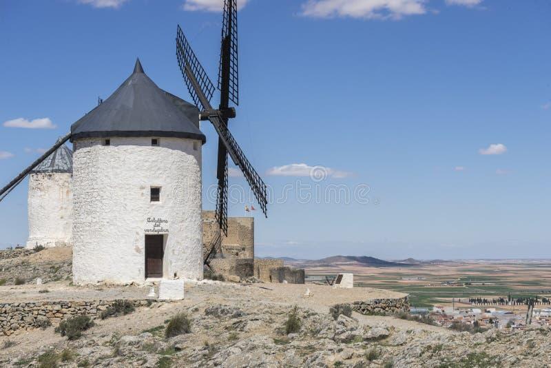 Download Moulins à Vent De Consuegra à Toledo, Espagne Ils Ont Servi à Rectifier Le GR Image stock - Image du construction, ciel: 76079241