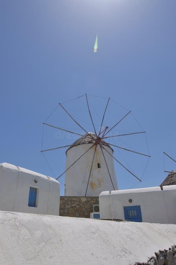 Moulins à vent en île de Chora de Mykonos Arte History Architecture image stock