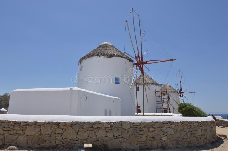 Moulins à vent en île de Chora de Mykonos Arte History Architecture photo stock
