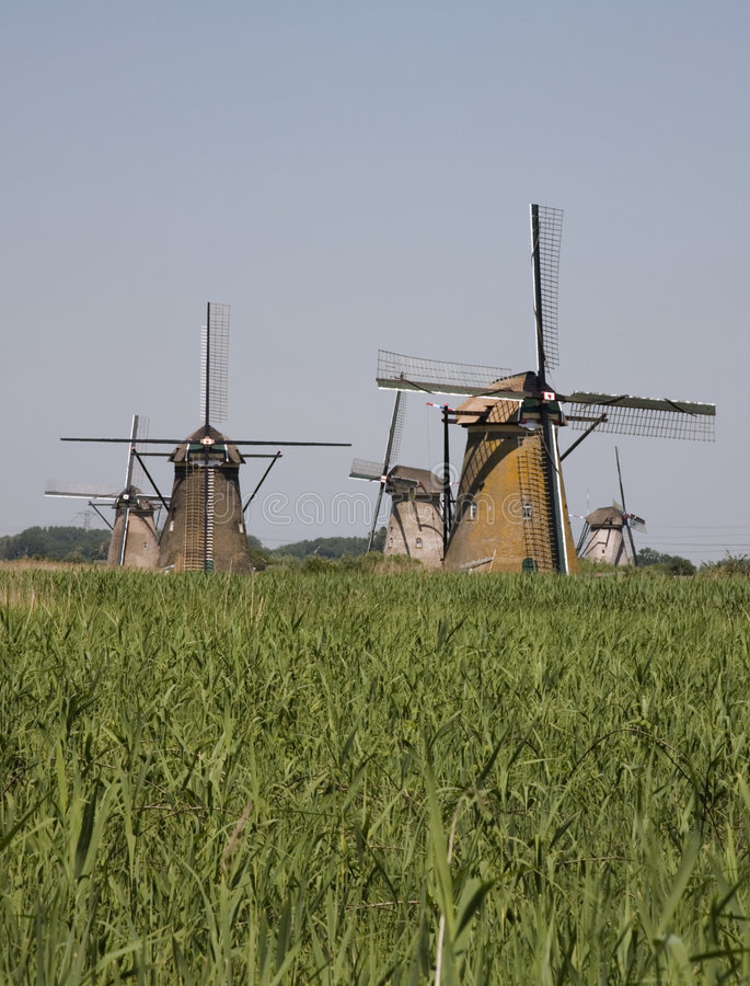 Moulins à vent hollandais dans Kinderdijk 9 photo stock