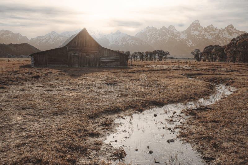 Moulton-Scheune bei Sonnenuntergang lizenzfreies stockfoto