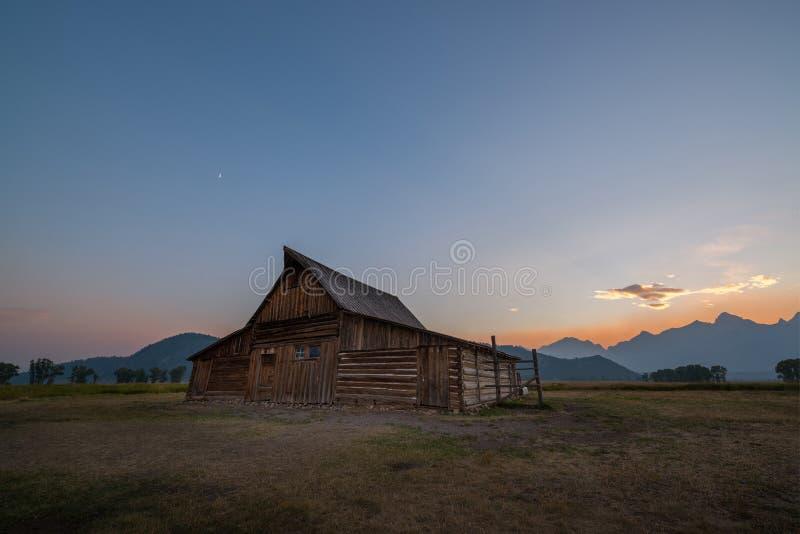 Moulton-Scheunen-mormonischer Reihen-Sonnenuntergang lizenzfreie stockfotos
