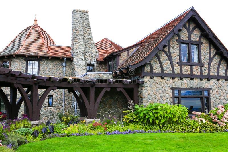 Moultonborough, NH, USA - 2. November 2012: Schloss in den Wolken lizenzfreie stockfotografie
