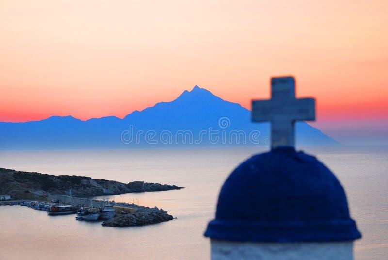 Mount Athos am Sonnenaufgang lizenzfreies stockbild
