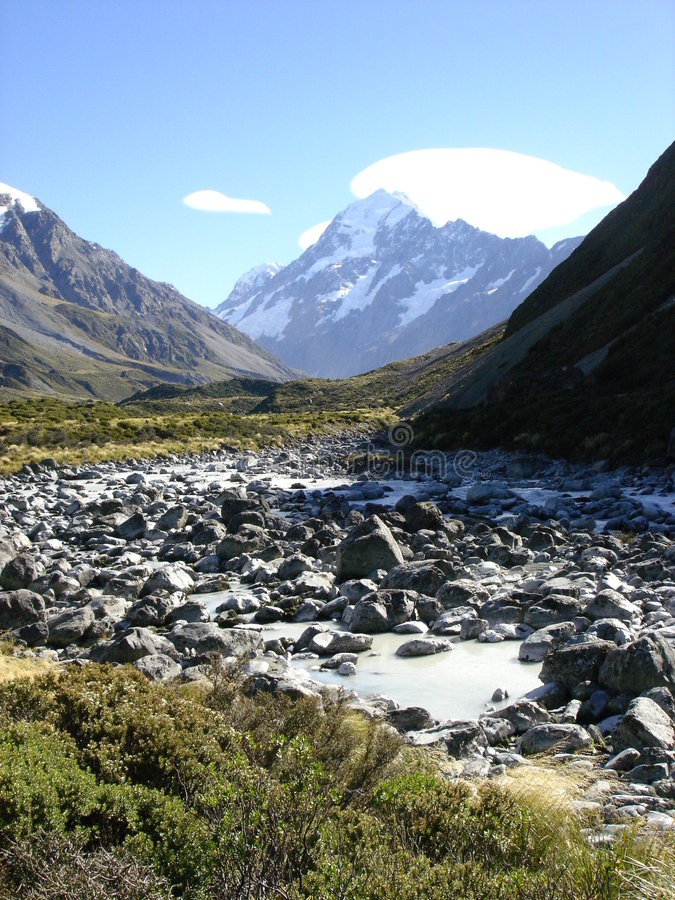 Download Mount Cook, New Zealand Royalty Free Stock Images - Image: 1582159