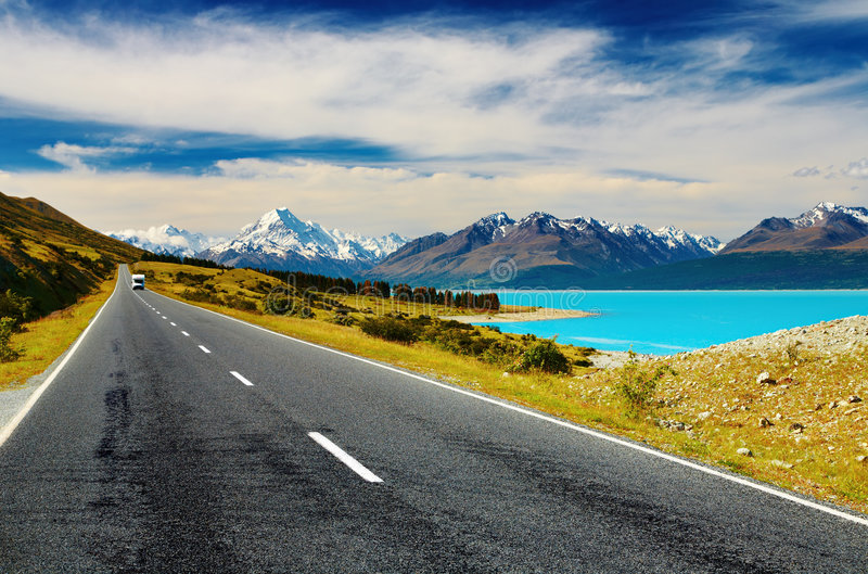 Mount Cook, New Zealand. Mount Cook and Pukaki lake, New Zealand royalty free stock photos