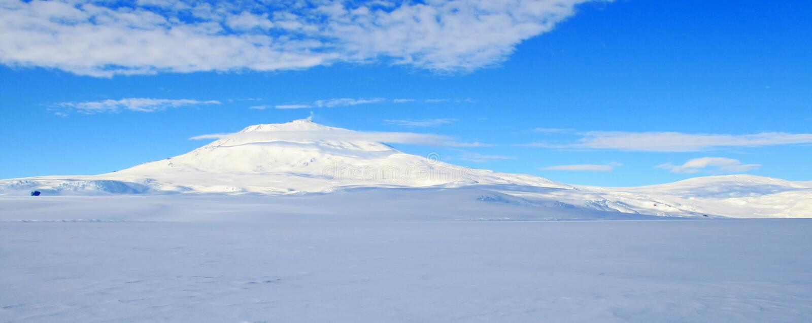 Download Mount Erebus, Antarctic Volcano Stock Photo - Image: 13857738
