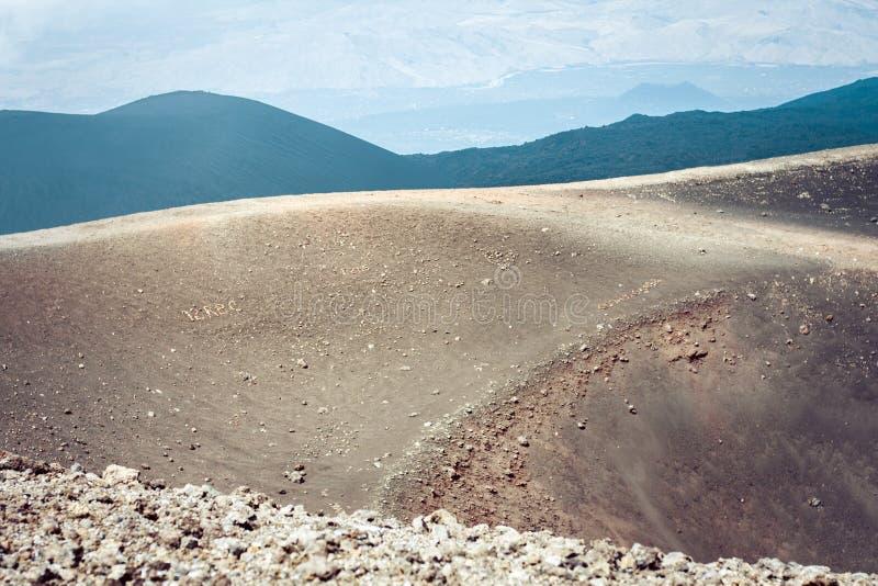Mount Etna aktiv vulkan på ostkusten av Sicilien, Italien royaltyfria bilder
