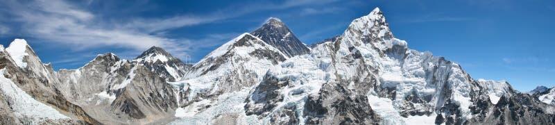 Mount Everestpanoramaansicht stockbilder