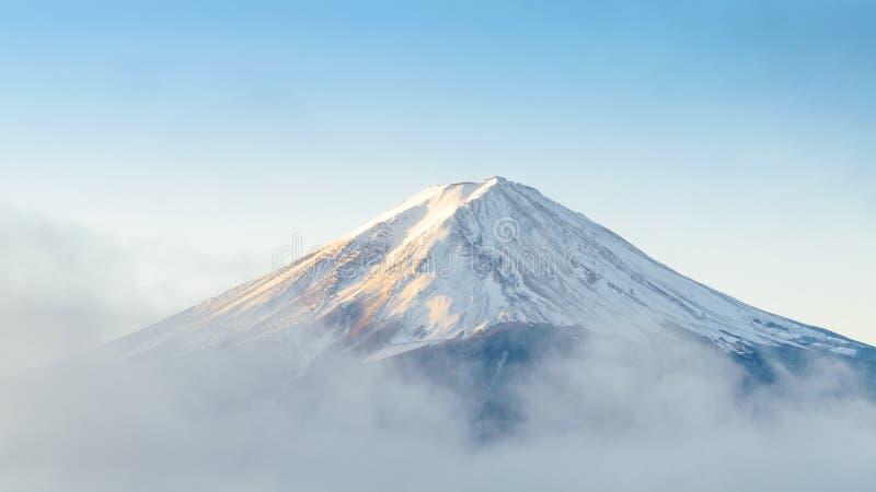 Mount Fuji i morgonen fotografering för bildbyråer