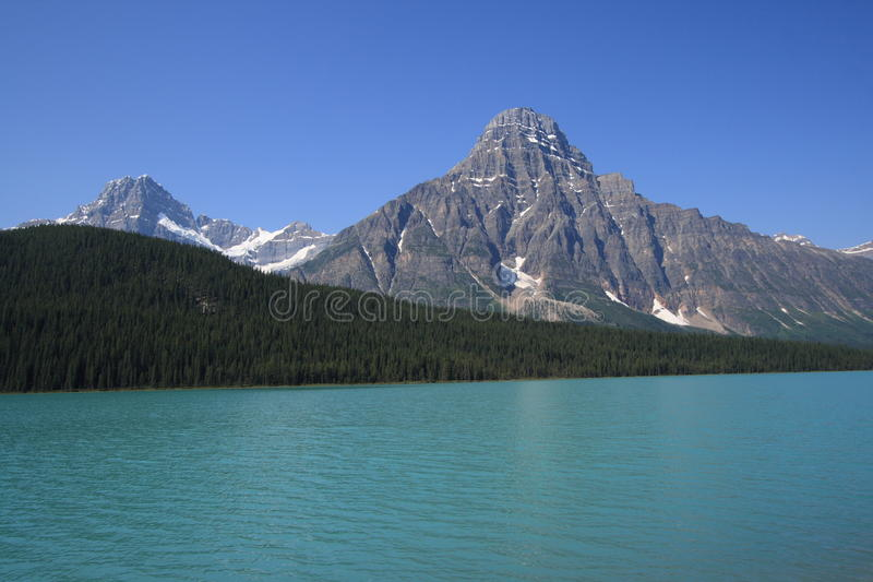 Download Mount Howse And Waterfowl Lake Stock Photo - Image: 11464938