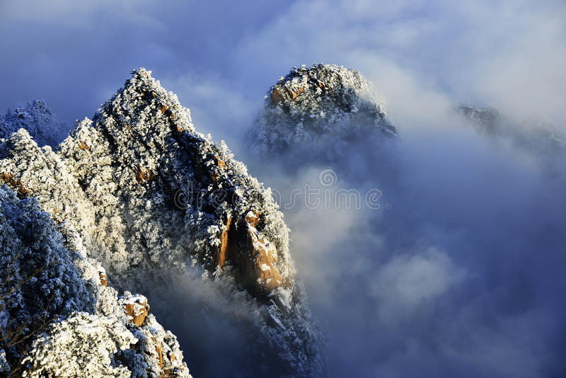 Download Mount Huangshan snow stock image. Image of moist, anhui - 38680003