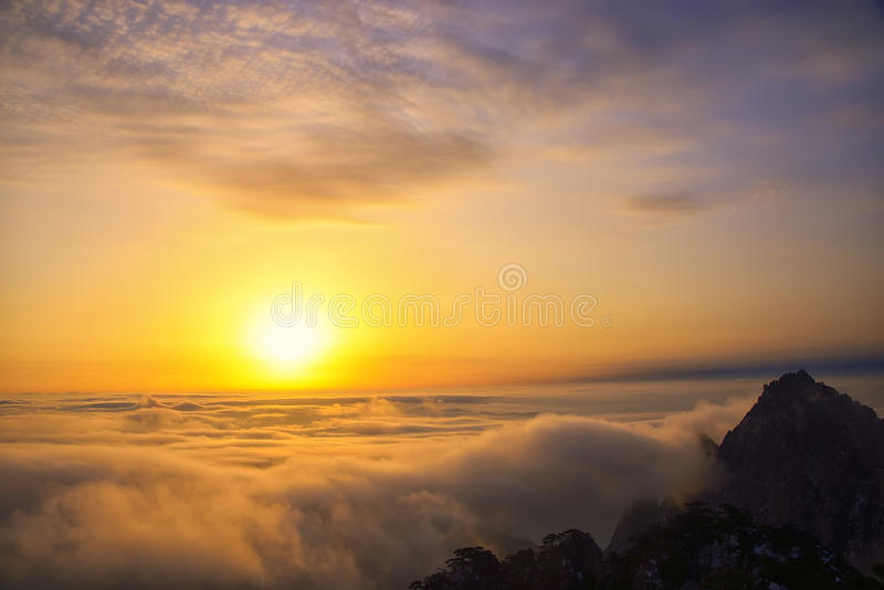 Download Mount Huangshan Sunrise In Winter Stock Photo - Image: 38614710