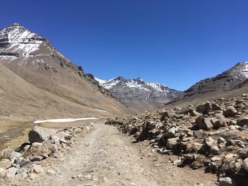 Mount Kailash Kora весной в Тибете в Китае стоковое изображение rf