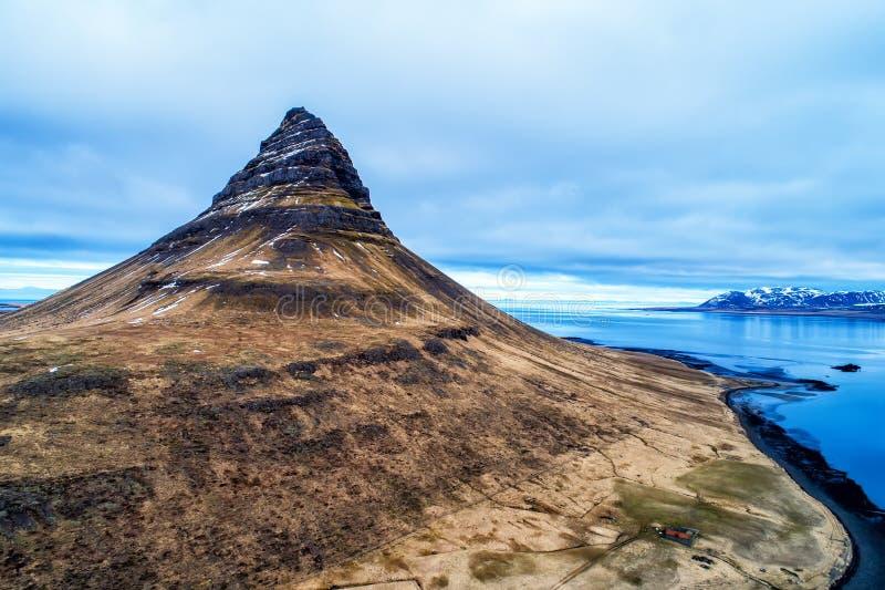 Mount Kirkjufell in the Snaefellsnes peninsula, near Grundarfjordur, Iceland stock images