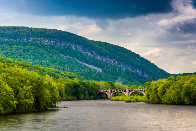 Mount Minsi and the Delaware River seen from from a pedestrian b. Ridge in Portland, Pennsylvania stock photos