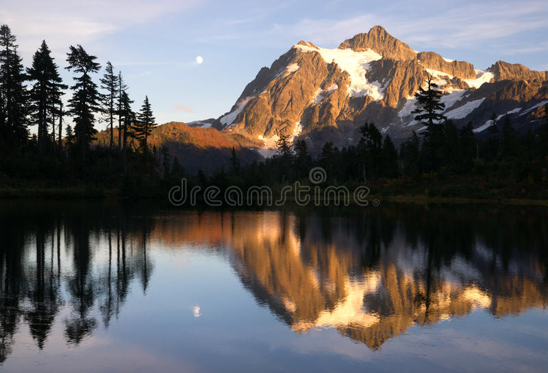 Mount Mt. Shuksan High Peak Picture Lake North Cascades royalty free stock photo