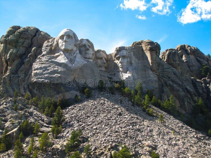 Mount Rushmore på en Sunny Background royaltyfria foton