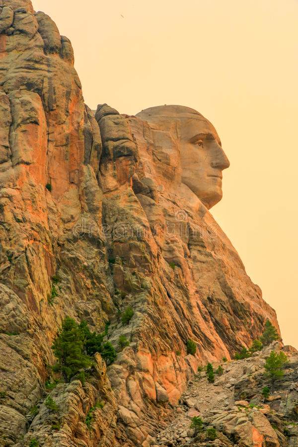 Mount Rushmore Washington's profile at sunrise royalty free stock photos