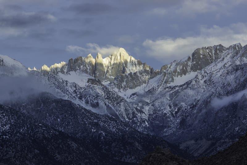 Mount Whitney, najwyższy szczyt w sąsiadujących Stanach Zjednoczonych zdjęcia royalty free