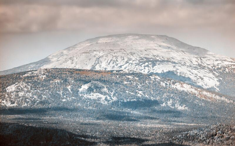 mount-yamantau-highest-peak-south-urals-mount-yamantau-highest-peak-south-urals-bashkortostan-russia-183919052.jpg