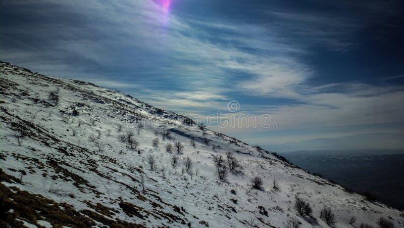 Mountaih высокое стоковые изображения rf