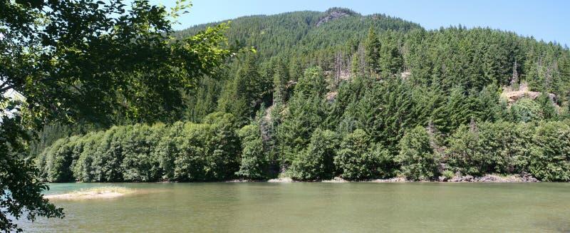 Mountain湖全景在华盛顿州 库存照片