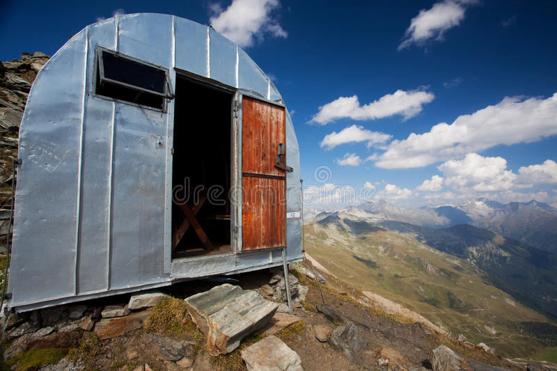 Download Mountain bivouac stock photo. Image of emergency, holiday - 20977578