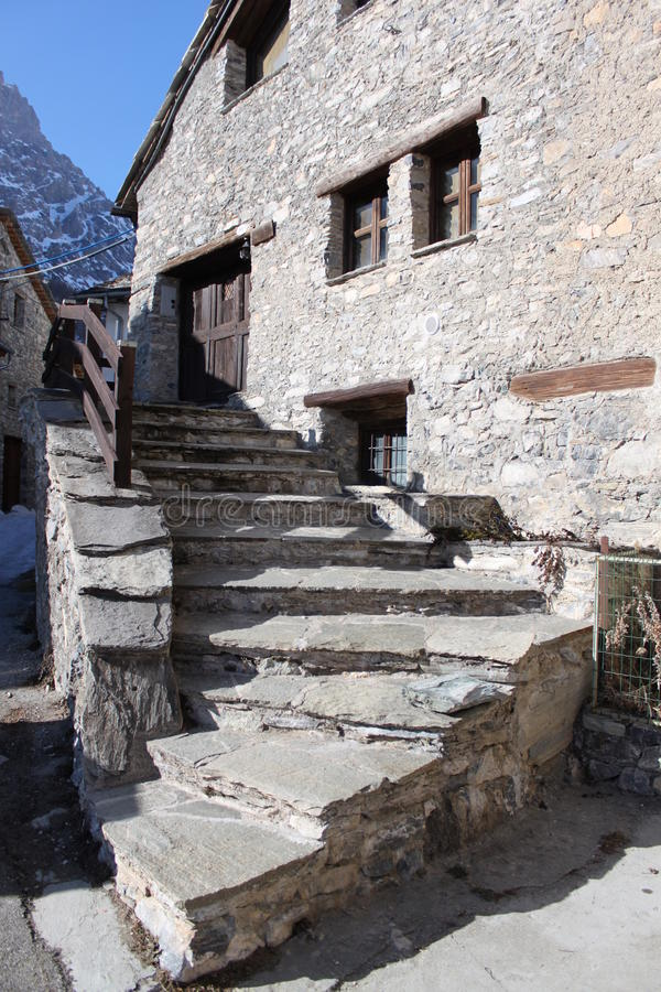 Download Mountain Building Stock Photo - Image: 25704250