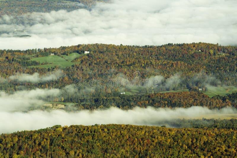 Download Mountain Fall Foliage Royalty Free Stock Photos - Image: 34197068