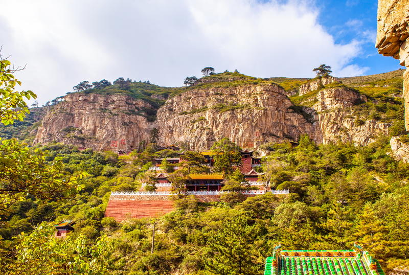 Download Mountain Hengshan(Northern Great Mountain) Scene. Stock Image - Image: 35590183