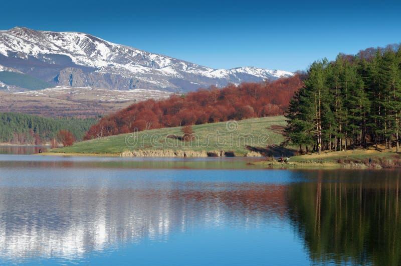 Download Mountain Lake Royalty Free Stock Image - Image: 28536266