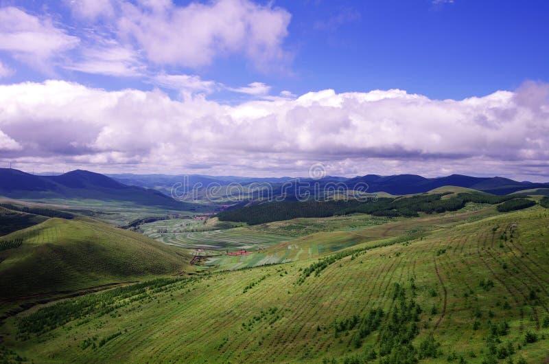 Download Mountain top stock photo. Image of sunshine, horizon - 26061842