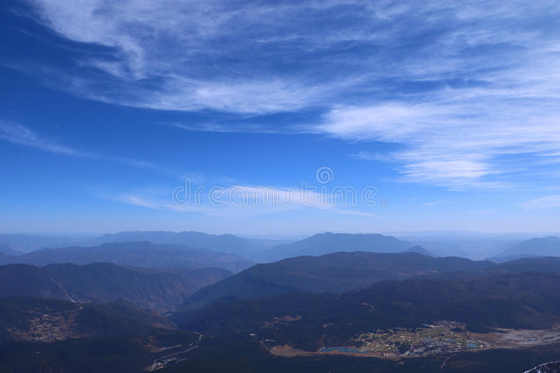 Mountain Top Under White And Blue Sky Free Public Domain Cc0 Image