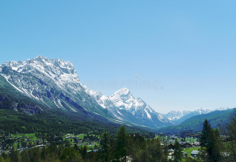 Download Mountain And Valley Landscape Royalty Free Stock Image - Image: 26089886