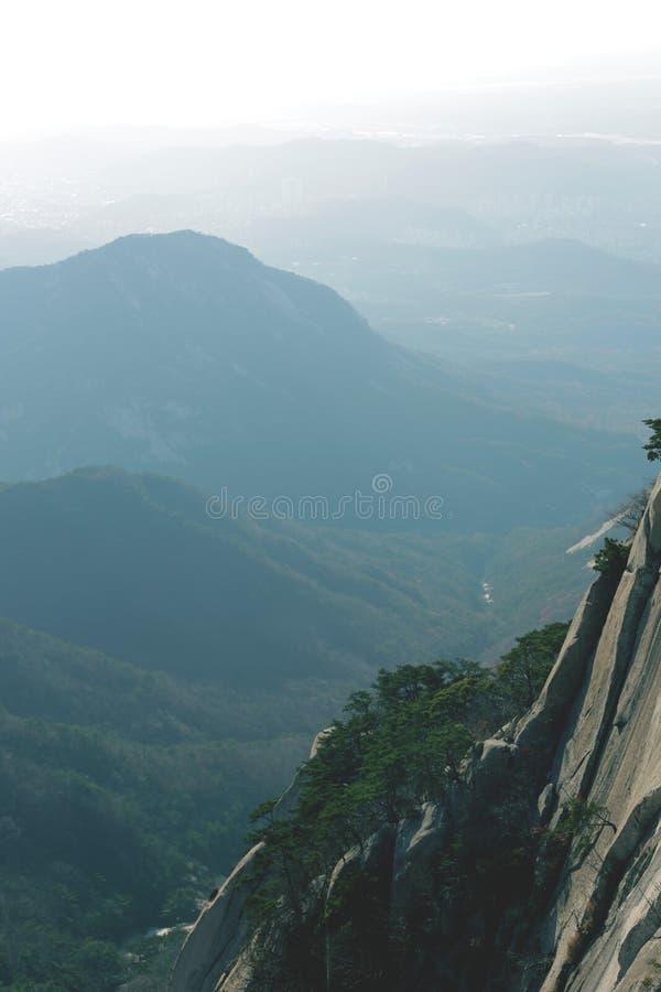 Mountain View (Bukhansan) royalty-vrije stock afbeeldingen