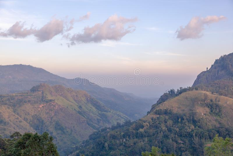 Mountain View d'Ella Voyage à Sri Lanka Beau paysage naturel d'été photo libre de droits