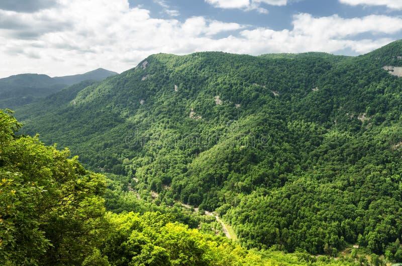 Mountain View dalla roccia del camino immagine stock