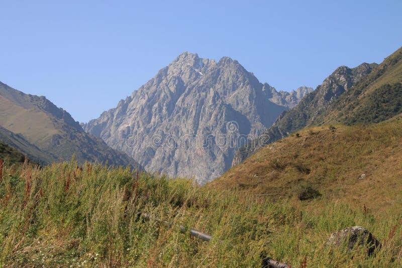 Mountain View 3 de Quirguizistão foto de stock