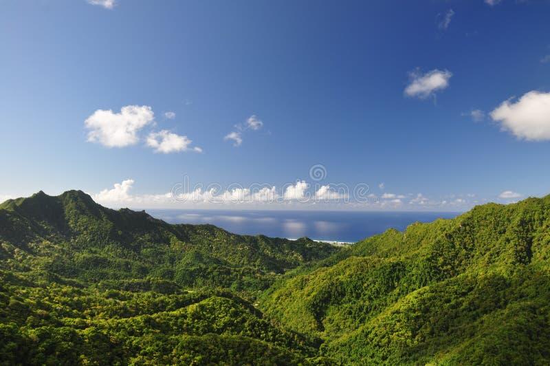 Mountain View de Rarotonga, consoles de cozinheiro fotografia de stock