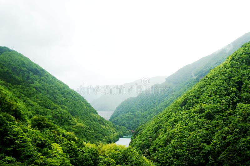 Mountain View i Takayama royaltyfri fotografi
