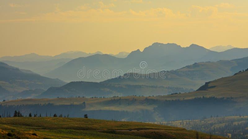 Mountain View panoramico dal passaggio di Dunraven immagine stock libera da diritti