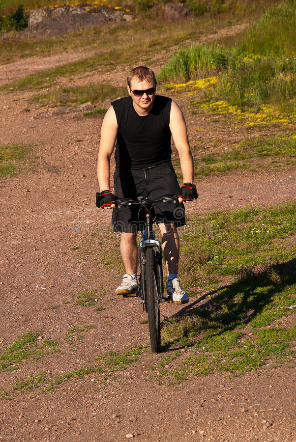Mountainbike royaltyfri bild