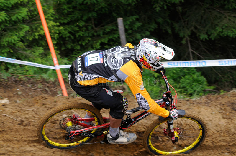 Download Mountainbike Downhill editorial photo. Image of downhill - 20197106