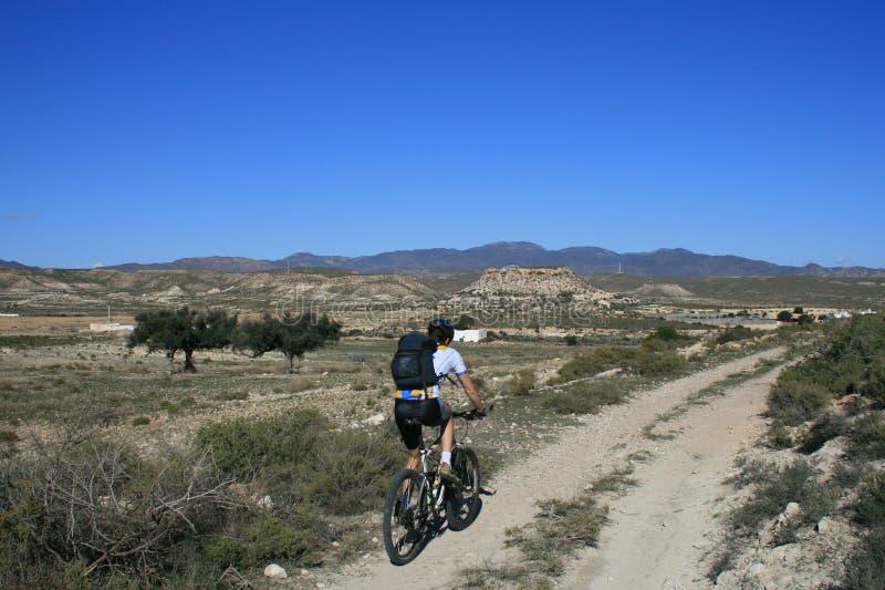 Mountainbike-faccia un giro di in Spagna fotografia stock libera da diritti