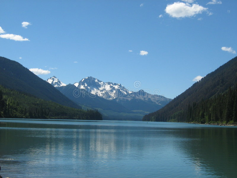 Mountains by a Lake royalty free stock photos