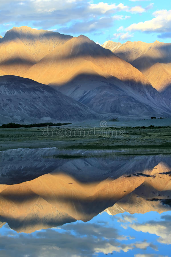 Download Mountains And Reflection In Water. Sunset Stock Image - Image: 22268293