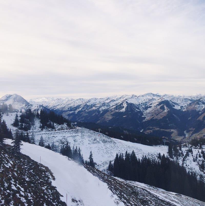 Mountainscape arkivfoton