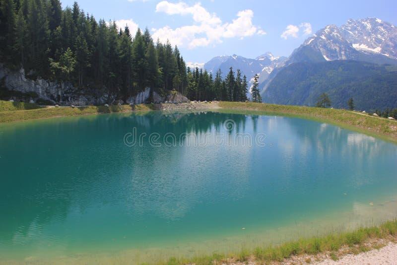 Mountainsee im Bayern, Deutschland stockfotografie