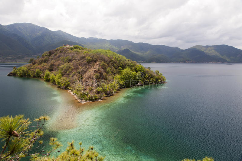 Mountainsee-Insel Stockbilder